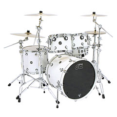 DW Performance 22  Pearlescent White