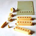 GuitarSlinger Accessory Kit Aged Ivory « Accessory Kit